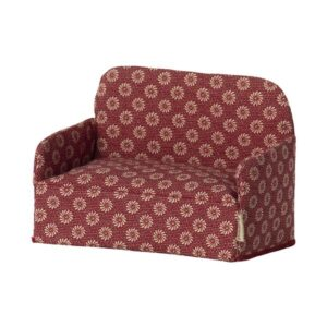11 1409 01mailegcouch mouse red 1800x1800