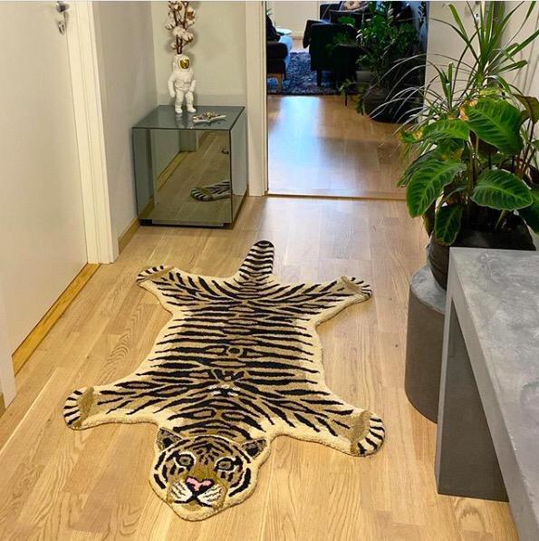 DoingGoods Drowsy Tiger Rug