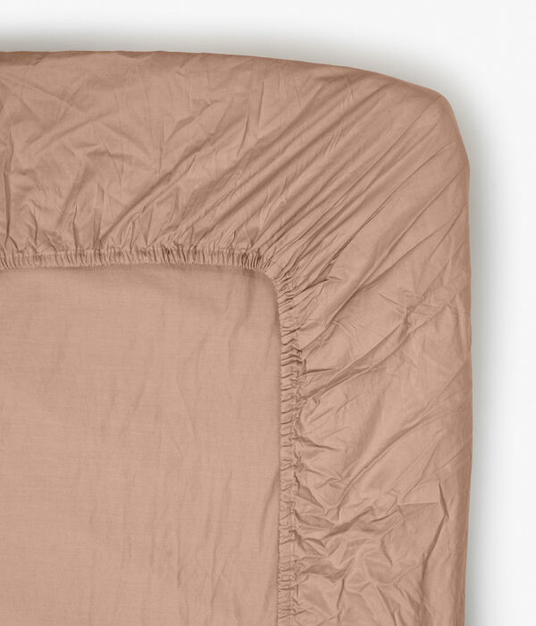 fitted sheet wilted