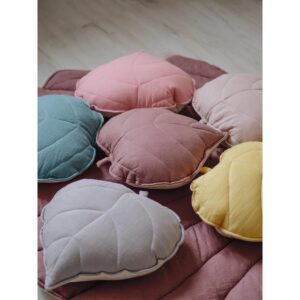 leaf cushion linen dirty pink look