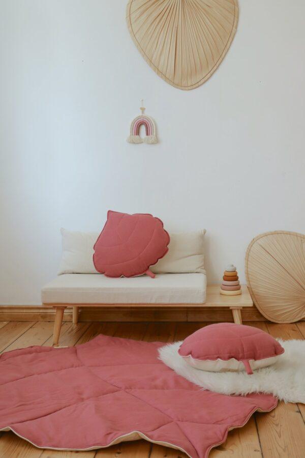 leaf cushion linen goji look2