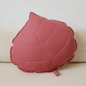 leaf cushion linen goji look3