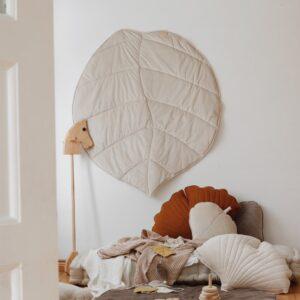 leaf cushion velvet cream look3