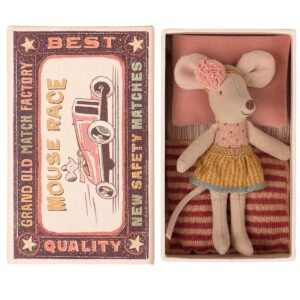 little sister mouse in matchbox look