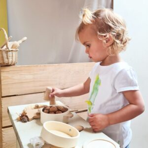 natural wooden toy pan set look