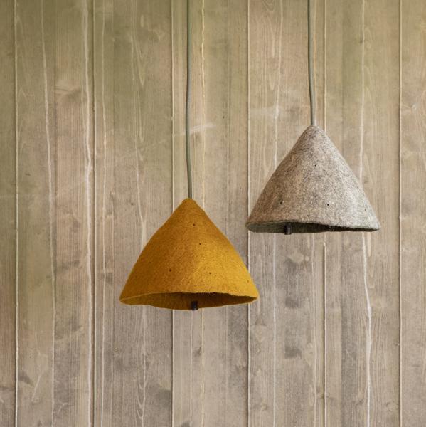 plain tipi lampshade gold look